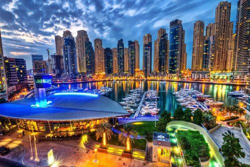 ایرانی ها نیز هر ساله عازم این شهر عربی زیبا در حاشیه خلیج فارس می شوند