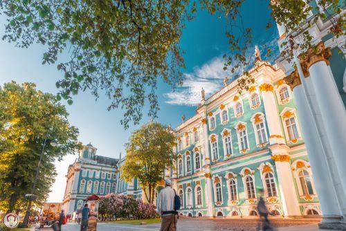 شهر سن پترزبورگ پس از مسکو دومین شهر بزرگ روسیه می باشد که در شمال غرب این کشور واقع شده است