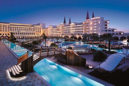 هتل تایتانیک مردان پالاس آنتالیا