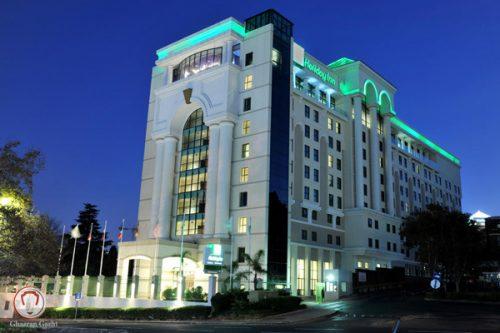 هتل هالیدی این سند تاون